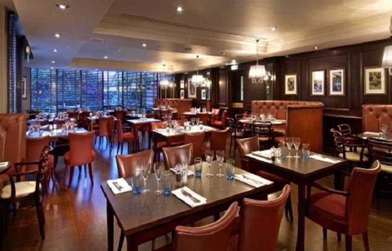 Hilton Watford - Restaurant - 7
