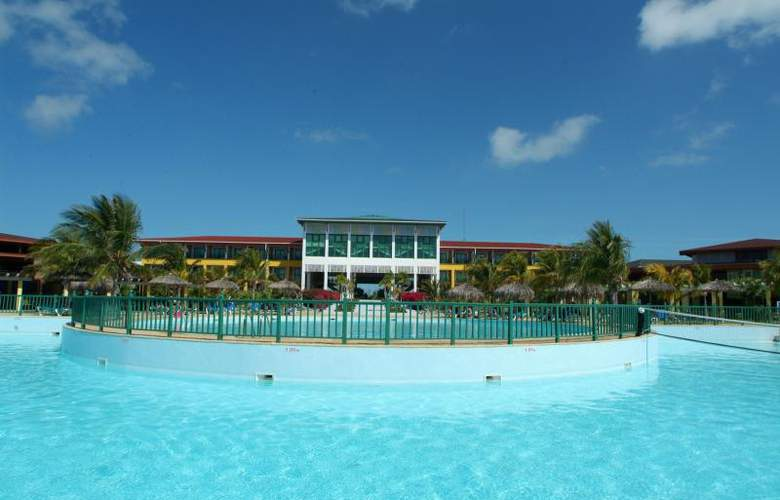 Bella Isla Resort - Pool - 12