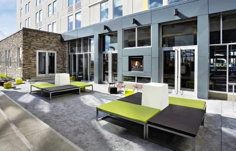 Aloft Vaughan Mills - Terrace - 6