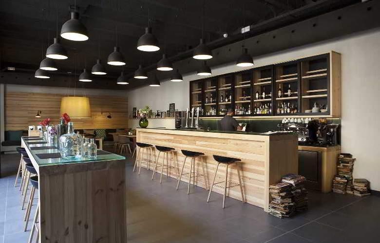 Toc Hostel Barcelona - Bar - 4