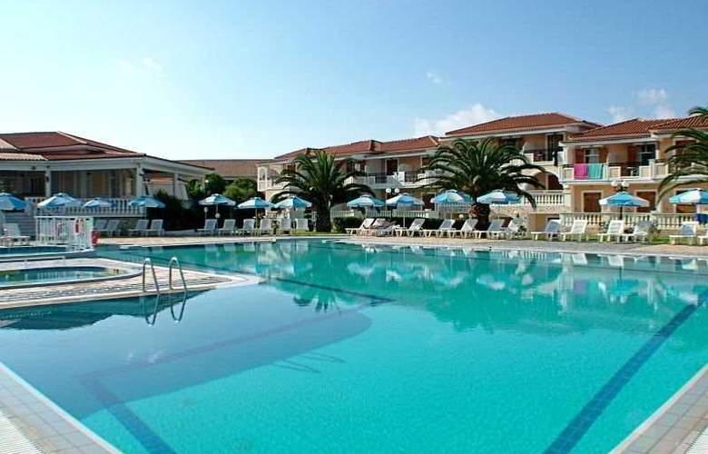 Golden Sun Hotel ZTH - Pool - 2