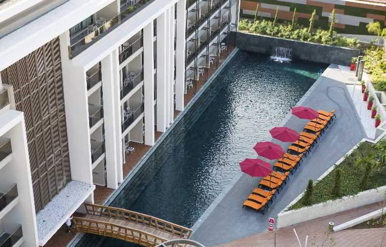 The Sense De Luxe - Pool - 26