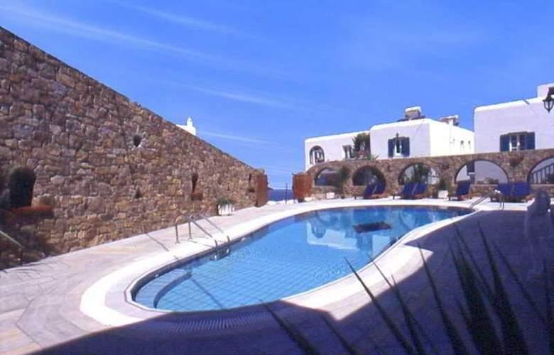 Zannis Hotel - Pool - 5