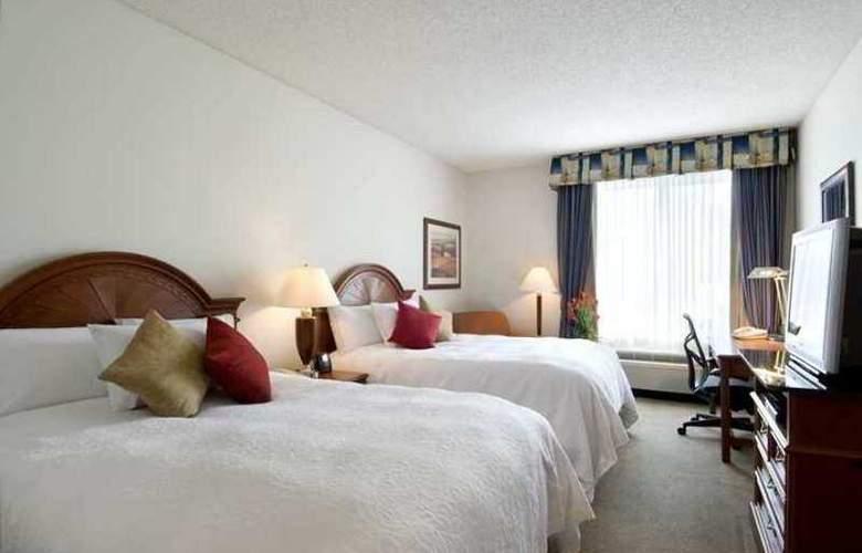 Hilton Garden Inn Tulsa Airport - Hotel - 5