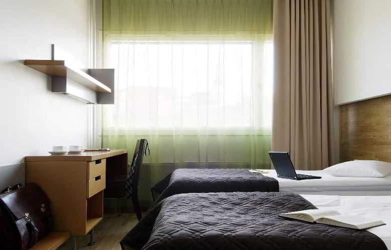 Go Hotel Shnelli - Room - 12