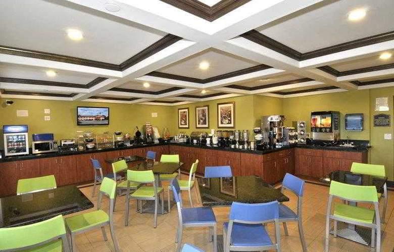 Best Western Plus Antelope Inn - Hotel - 6