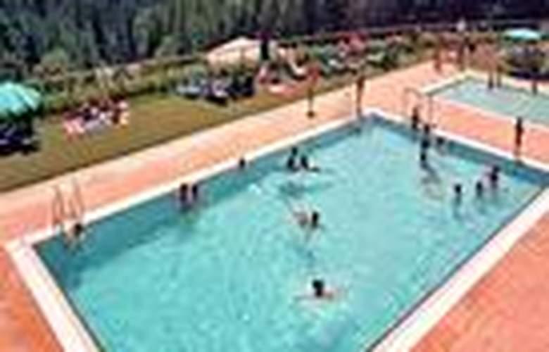 Vilar Rural de Sant Hilari Sacalm - Pool - 7