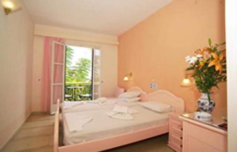 Labito - Room - 2