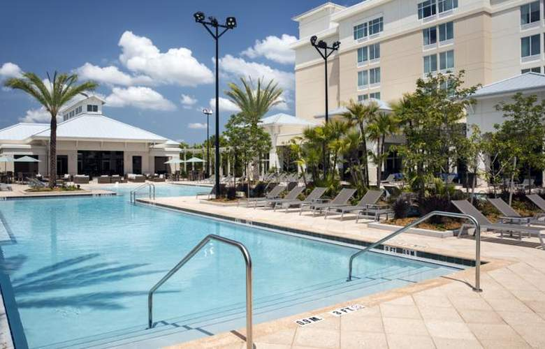 TownePlace Suites by Marriott Orlando at Flamingo Crossings/Western Entrance - Pool - 13