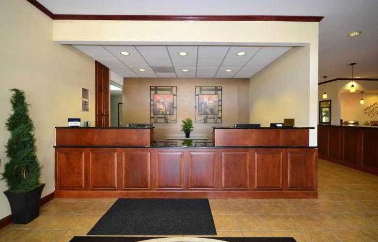Best Western Kansas City Airport-Kci East - Hotel - 25