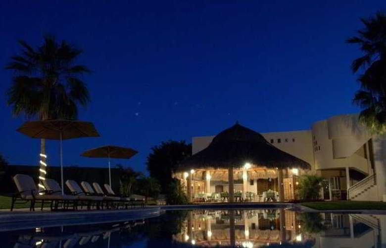 El Ameyal Hotel & Wellness Center - Terrace - 6