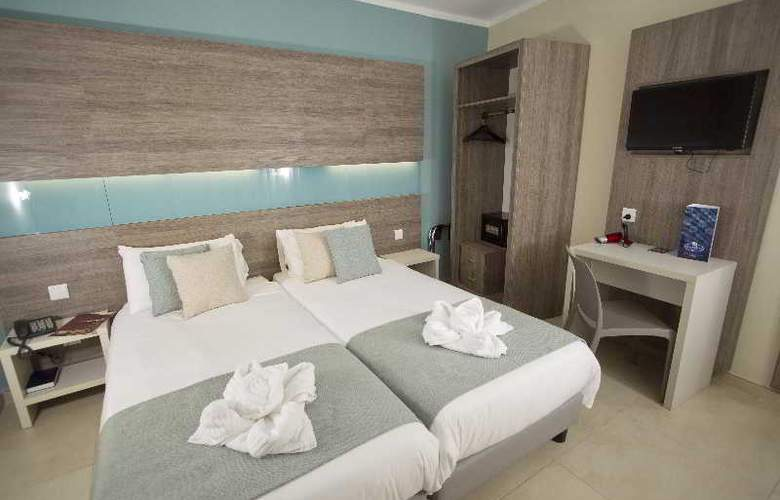 115 The Strand Aparthotel - Room - 18