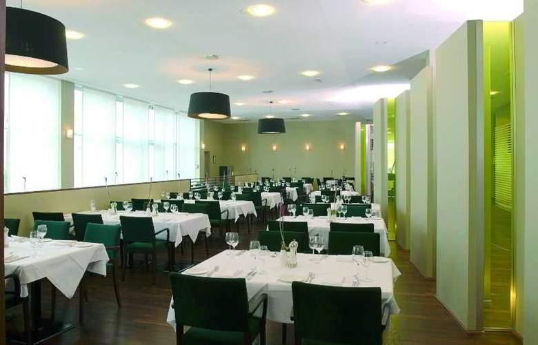 NH Duesseldorf City-Nord - Restaurant - 4