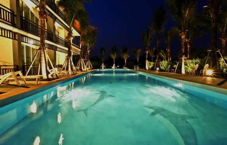 Aranta Airport Hotel Bangkok - Pool - 3