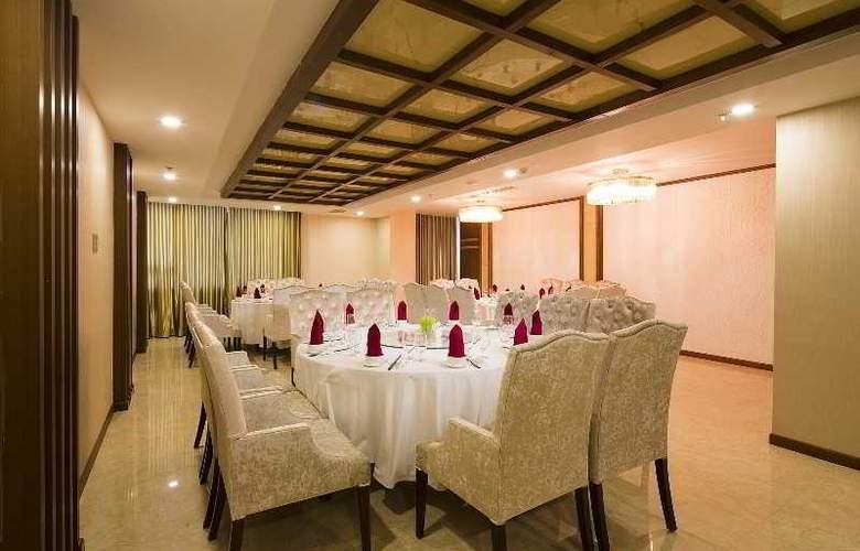 Muong Thanh Nha Trang Centre Hotel - Restaurant - 69