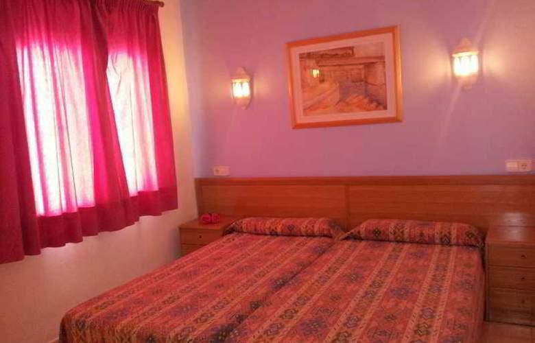 Hostal Ferrer - Room - 2