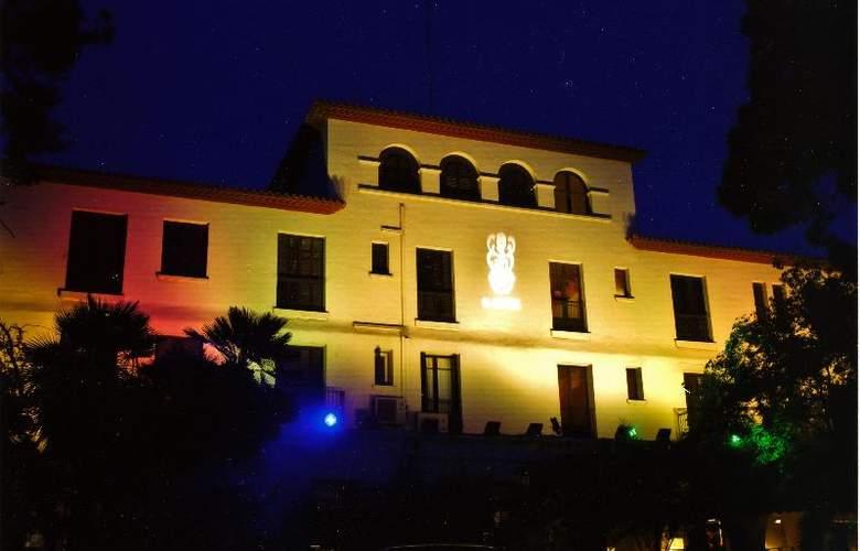 El Castell - Hotel - 3