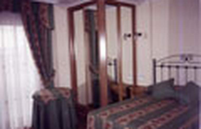 Alpina - Room - 1