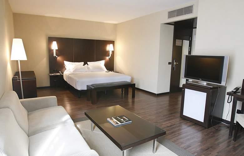 AC Zamora - Room - 8