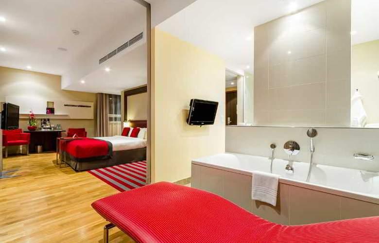 Mercure Warszawa Grand - Room - 24