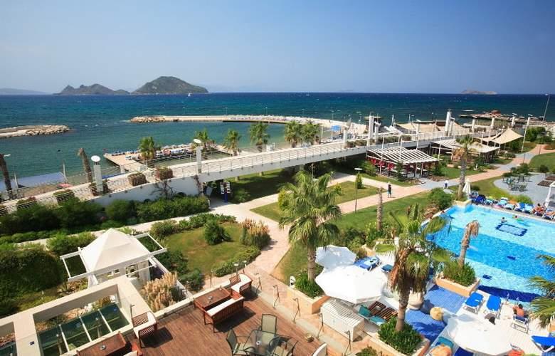 La Blanche Resort & Spa - Beach - 8