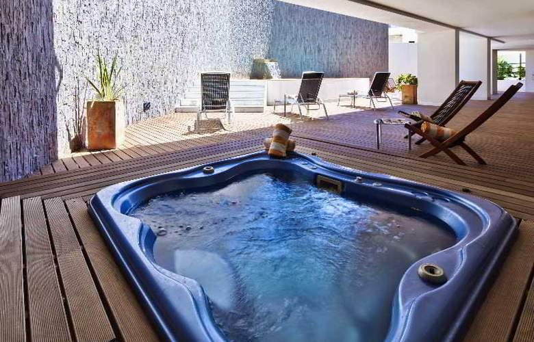 Villa Doris - Pool - 15