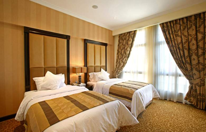 London Suites - Room - 3