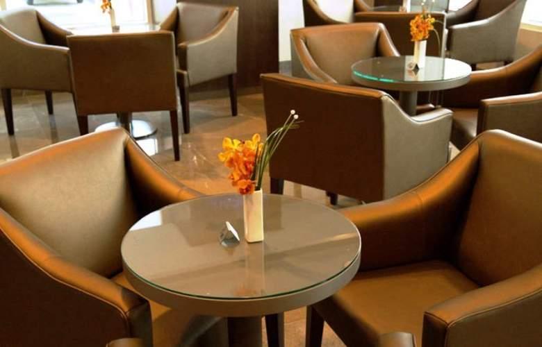Aarons Hotel Sydney - Restaurant - 14