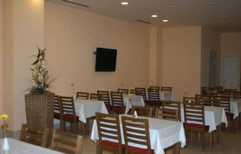 Iris Hotel Eden - Restaurant - 10