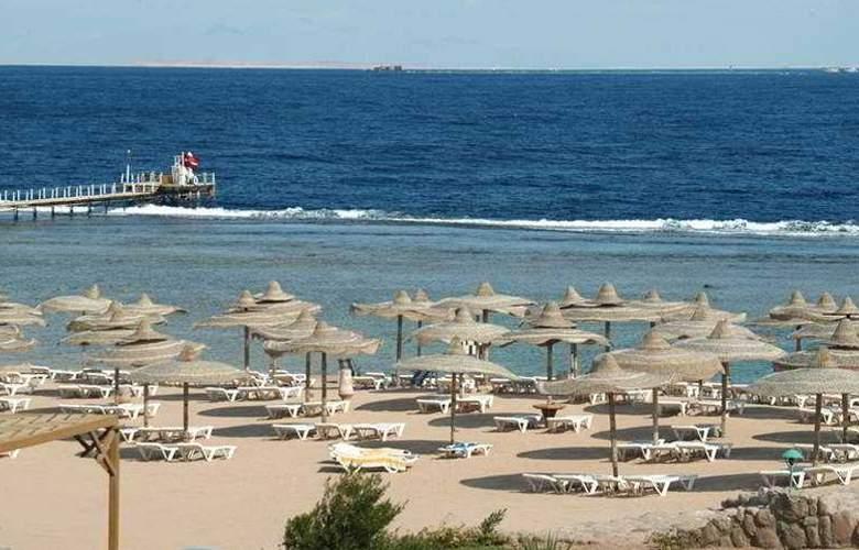 Sea Club Resort - Beach - 5