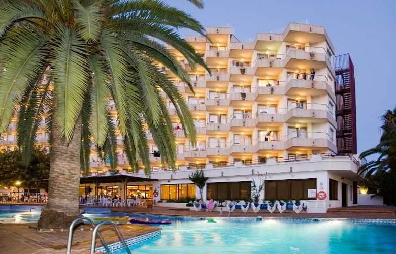 Ola Aparthotel Tomir - Hotel - 9