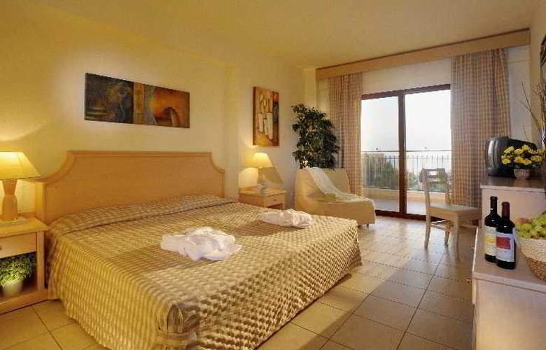Pomegranate Wellness  Spa Hotel - Room - 3