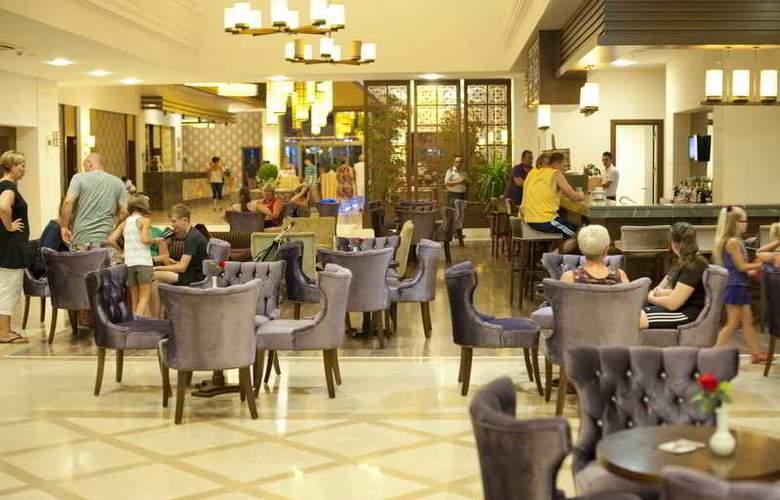 Diamond Beach Hotel - Restaurant - 24