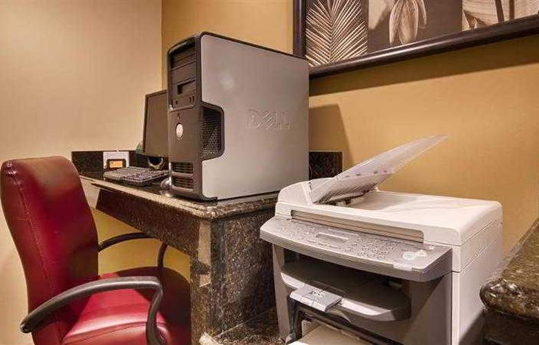 Best Western Plus Newport News Inn & Suites - Hotel - 21