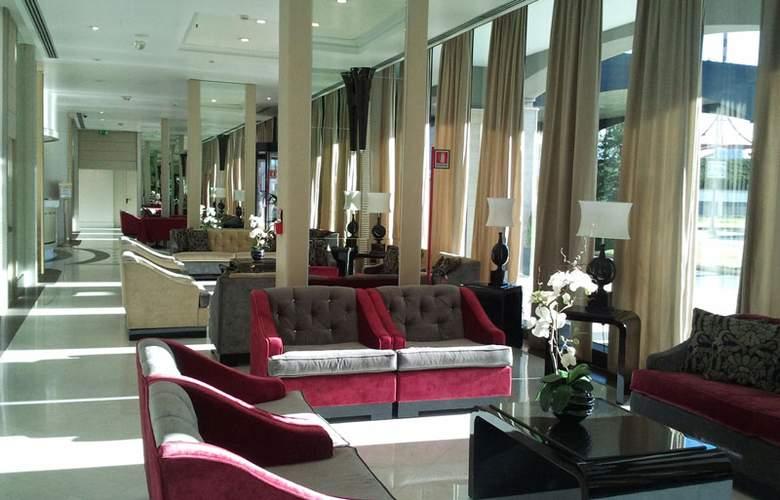 Grand Hotel Duca Di Mantova - Hotel - 12