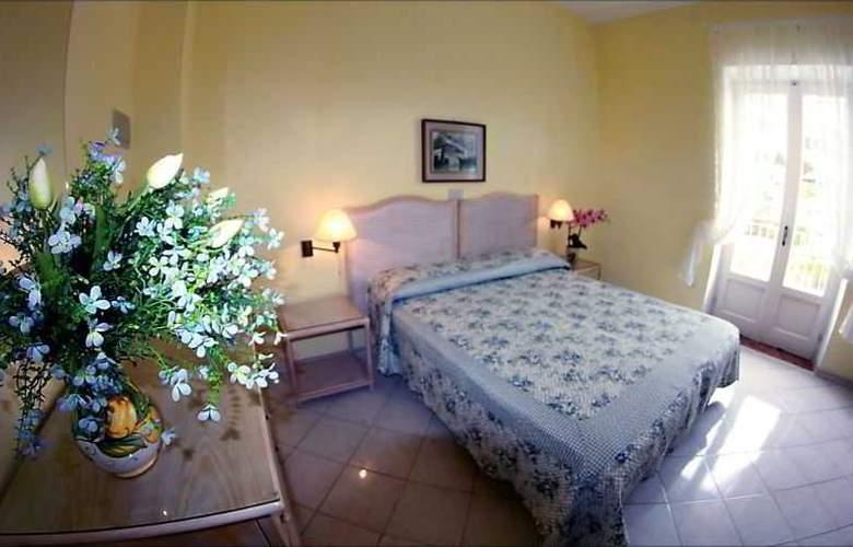 Maremonti - Room - 11