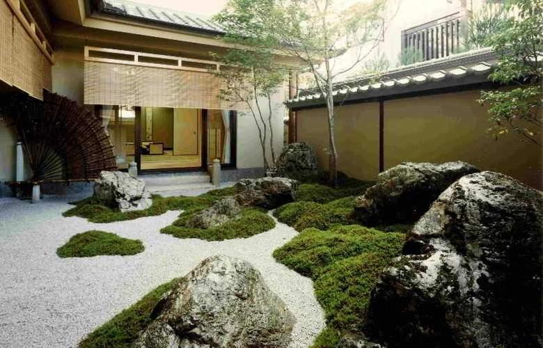 Junwafu Ryori Ryokan Kinoe - Hotel - 0