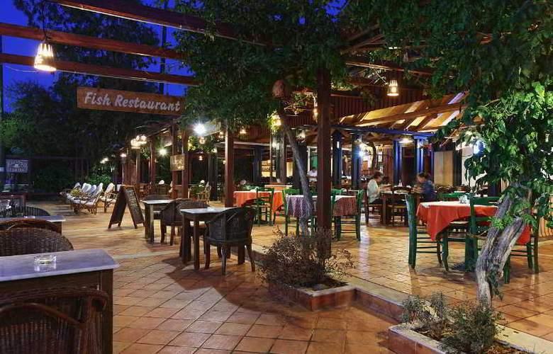 Kalypso Hotel Malia - Restaurant - 30