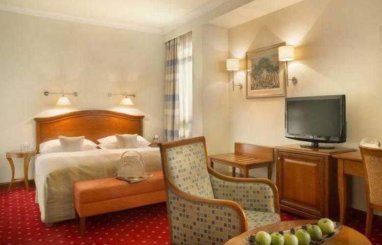 Best Western Premier Astoria - Hotel - 33