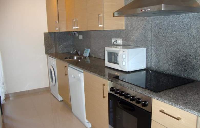 Apartamentos Peñiscola Centro 3000 Sin Piscina - Room - 11