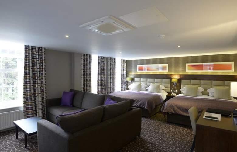 Lensbury Resort - Room - 6