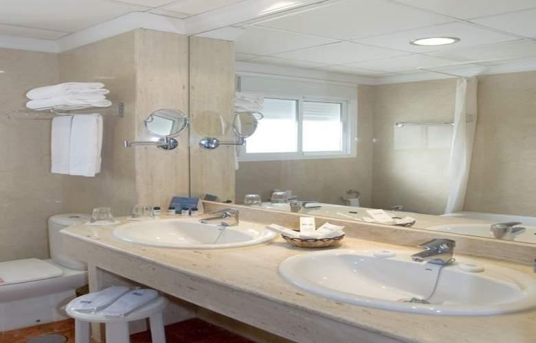 Isabel - Room - 7