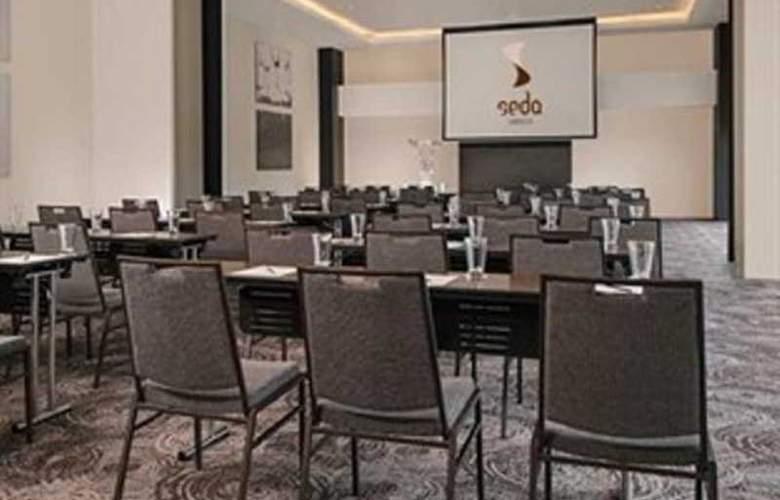 Seda Abreeza - Conference - 4
