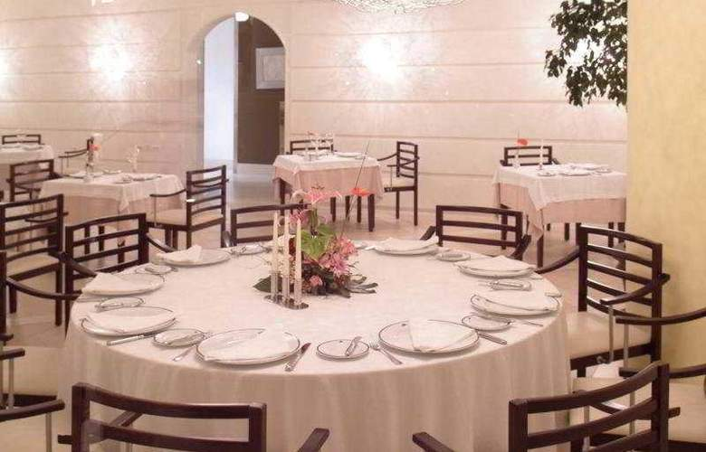 Lopesan Villa Del Conde Resort - Restaurant - 8