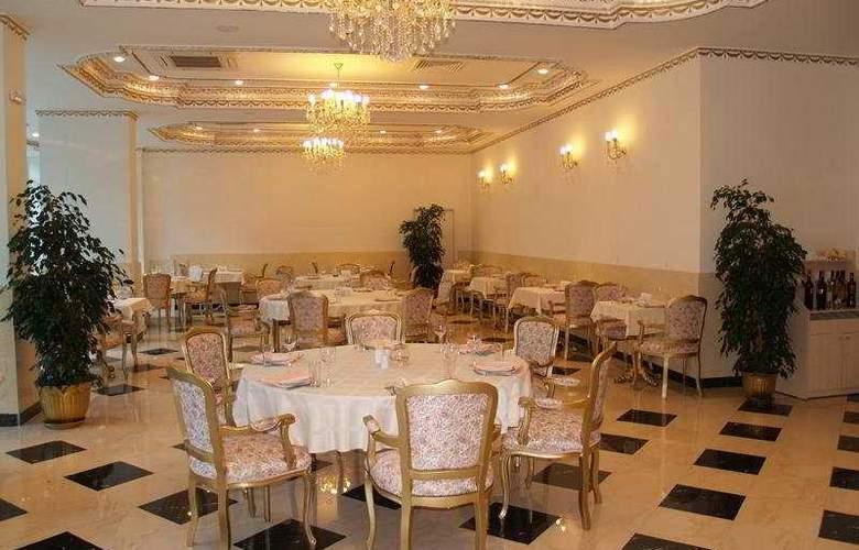 Planeta - Restaurant - 11