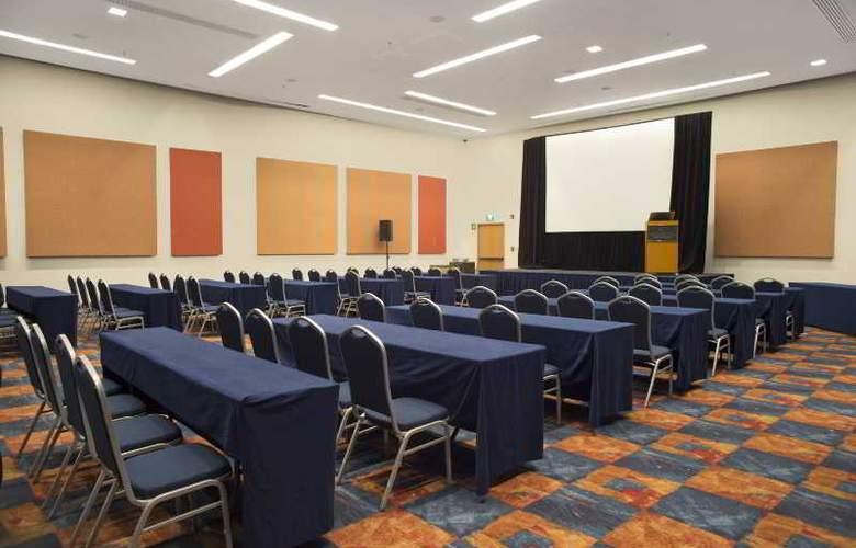 DoubleTree by Hilton Hotel México City Santa Fe - Conference - 44