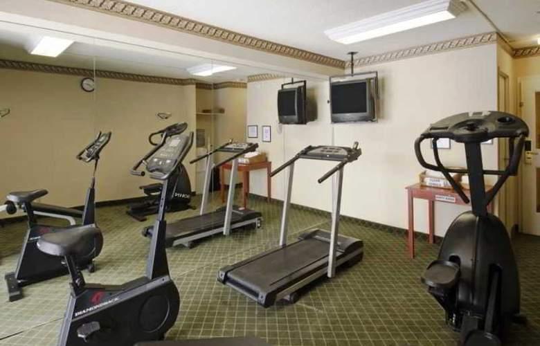 Mississauga Inn & Suites - Sport - 1
