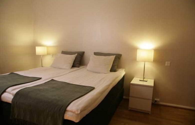 CF Hotel - Room - 4