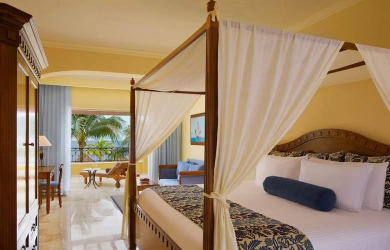Secrets Capri Riviera Cancun  - Room - 15