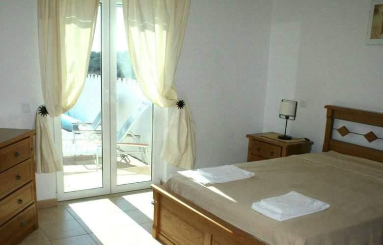 AH Villas - Room - 4